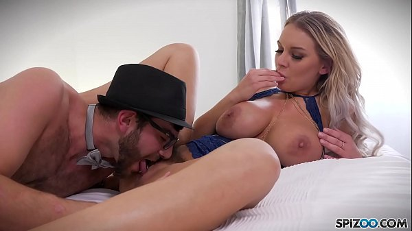 Spizoo – Bubble butt Kenzie Taylor is fucked by a big dick, big boobs